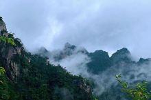 上联:大明山风景秀丽,求下联?