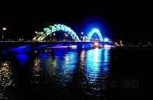 夜游岘港龙桥,观龙喷火吐水