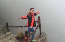 太白山,最高海拔3511米,是中国最高的国家森林公园。历时八小时,我们一家徒步到小文公庙和大文公庙的
