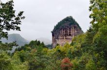 中国四大石窟之一的麦积山石窟,开建于十六国后秦时期,现保存北魏、西魏、北周、隋、唐、五代、宋、元、明