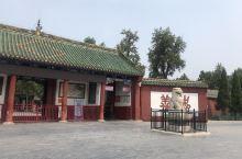 洛阳关林庙,是义薄云天的关羽的安息的地方,我和仔仔在这里感受到故人的气息,想想当年的你真的不容易!