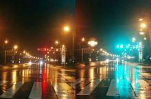 城市的霓虹,照亮了城市、也照亮了我此刻阴霾的心情……