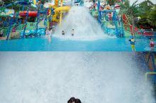 国庆七天游-抓住夏天的尾巴,嗨玩广州长隆水上乐园  长隆水上乐园有很多亲子玩水设施,很适合亲子游!趁