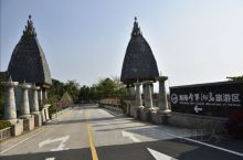 分界洲岛是中国首个海岛型5A级旅游景区,是集海底、海上、空中为一体的立体型、多资源旅游景区,是海南省