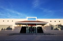 雷台汉文化陈列展厅座东向西,仿汉风格建筑,建筑面积586平方米,陈列面积550平方米,室外有常年向观