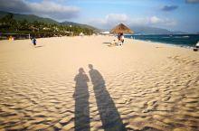 一月的亚龙湾气候宜人,享受阳光沙滩...
