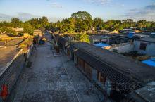 冉庄地道战遗址在河北省保定市清苑区冉庄,距保定市约30公里。在抗日战争和解放战争时期,冉庄人 民积极