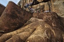 狮子岩,斯里兰卡斯基里亚(Sigiriya)的巨岩王朝(又称之为狮子岩Sigiriya Lion R