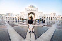 谁才知真正的老大,阿布扎比总统府           迪拜已经广为人知,而阿布扎比·阿布扎比行政区