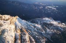 空中看雪山