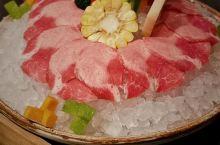 JFC-A馆4楼尽膳口福涮牛肉火锅明星都爱的火锅。如果不是朋友带路,还真发现不了这家宝藏牛肉火锅。连