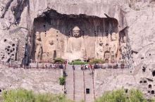 五一去哪玩?龙门石窟是不错的选择。 龙门石窟是中国石刻艺术宝库之一,与莫高窟、云冈石窟、麦积山石窟并