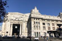 米兰加里波第火车站