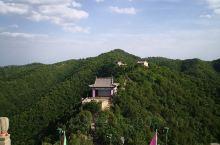 昨天和几个同学去志丹县的九唔山森林公园游玩,这里的自然风景确实不错,在陕北黄土高原实属罕见,这里的森