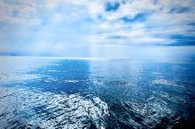安塔利亚做为海滨城市,位于地中海沿岸,地中海的颜色比起东南亚或者非洲地区的蓝绿色大海有些不同,看上去
