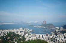 如果有一个地方充满活力,快乐与包容,它一定是里约热内卢。这个美丽的城市有海滩、派对和巴西最棒的狂欢节
