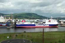 北爱尔兰贝尔法斯特市看泰坦尼克号,
