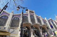瓦伦西亚市场(中国俗称菜市场)建筑都那么具有艺术气息,干净整洁,东西也是玲琅满目,应有尽有。丝绸博物