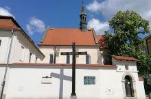 虽然波兰对我们来说似乎感觉遥远又不太熟悉,但走访 克拉科夫·小波兰省  后,让我又想再来一趟深度波兰