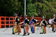【京都·笠懸神事(上賀茂神社)】  每年的10月的第三个星期日、在上賀茂神社会举行笠懸神事,可以看到