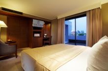 我想要城景酒店还要泳池还要价格实惠的酒店! 到曼谷旅游,当然不亏待了自己!住宿也要是Top级,要城景