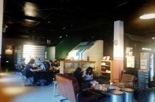 Urside Hotel & Cafe,上海有在酒店,位于南浦大桥西南之浦西江滨的上海当地艺术博物馆