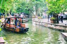 上海|青浦朱家角古镇一日游 除了摩天大楼、迪士尼乐园、各种美貌咖啡馆和展览,上海也有柔情似水的一面。