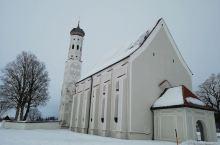 新天鹅堡附近的教堂,还有一个可做缆车上山的景区,高1730米。冬天可以滑一,夏天可以陡步! 欧洲人的