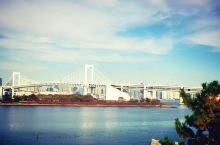 """地点:日本江东 景点介绍:海洋性气候使得日本四季皆宜,更何况是在一向气候宜人的秋季,拥有""""水彩都市"""""""