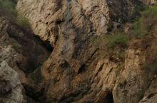 葫芦岛建昌龙潭大峡谷 如果你体力够强大,可以走起来~~ 进山门时,可能会觉得没意思,一直往下走,等到