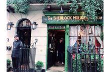 来贝克街,寻找那一份英式情怀  我和闺蜜都是卷福的粉丝,来到伦敦,我们一定不能错过的就是贝克街,所以