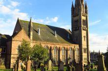 因佛内斯历史最悠久的教堂——旧城镇教堂,打卡小城的网红地标  地址:Old High Church,