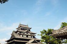 国宝五城之——千鸟松江城  【渔歌中的古城】 松江城,日本现存的十二座古城堡之一,更是举国闻名的国宝