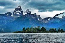 崇山峻岭小潭湖水这里应有尽有  在假期来到南美洲的我第一时间就去这里的火地岛公园去看了,没想到里面的