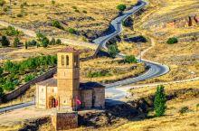 塞戈维亚最具特色的教堂,不得不去的一个景点  话说塞戈维亚的教堂是真的多,而且大多数教堂的风格都是罗
