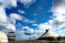 室韦苏木祭水敖包是我们沿着额尔古纳河穿越途中遇到的,8月中旬游客只有我们两家,有星空帐篷,有特色蒙古