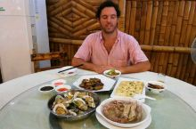 意大利人G在广东吃很多海鲜