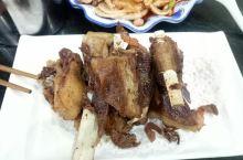 陕西美食,真是应接不暇,羊肉泡馍,肥羊排,都快流口水啦!