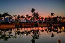 华灯初上的湄公河星光夜市,每天来都收获不一样的美景