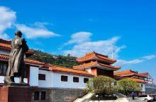 重庆开县刘伯承同志纪念馆是为纪念中华人民共和国元帅、中国人民解放军创始人和领导人、现代军事家——刘