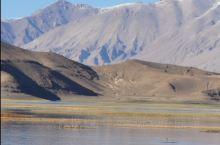 班公措位于西藏阿里地区日土县219国道旁,一般走这条路自驾的游客都是去新疆,所以一般单独在西藏旅游选