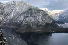 【 哈尔施塔特 】是 奥地利 州萨尔茨卡默古特地区的一个村庄,位于 哈尔施塔特 湖湖畔,历史上这一地