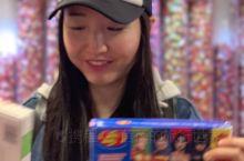 这是新西兰第一家Jelly Belly概念店,还带有art gallery(艺术长廊),用糖拼出来的