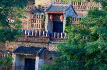 耀州陈炉古镇  耀州出名的很多,除了孙思邈的药王山,更有著名的耀州窑古窑址。而陈炉古镇便是耀州窑最重