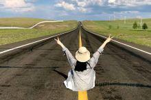 #呼伦贝尔旅游包车#攻略#推荐 提到呼伦贝尔就想起策马奔腾的狂野,一望无际的呼伦贝尔大草原美到想哭的