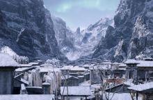去普者黑,来一场《三生三世》系列巡礼! 作为青丘的原型,游客不多,简直是终极适合圣地巡礼!剧中的木桥