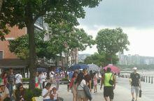 一成不变的老街,台湾不同地方都有老街,但是逛多了,都是差不多,卖的东西也是雷同,淡水老街最大优点是连