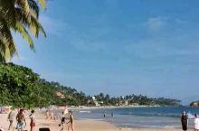 美蕊沙比尼甘布漂亮几十倍、很干净的海滩