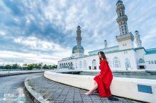 漂浮在水面上的沙巴清真寺,如何拍出美美的照片