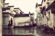 #网红打卡地#西递是安徽省黟县的一个村庄,世界文化遗产。 西递村的建立距今已有960多年的历史,其发